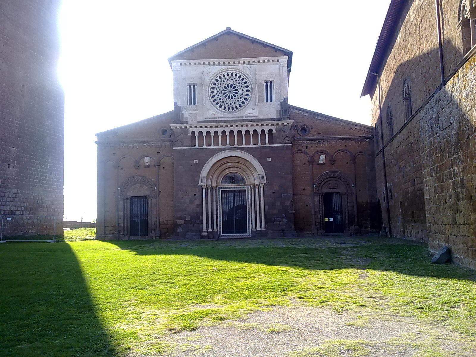 Tuscania Chiesa San Pietro