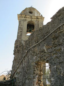 Visitare Vernazza - Campanile Chiesa di San Francesco a Vernazza