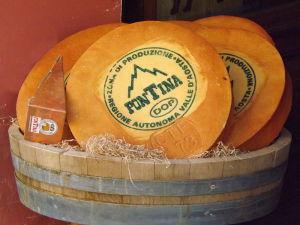 I prodotti tipici della Valle d'Aosta - la Fontina