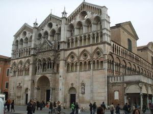 Cosa Vedere a Ferrara - Duomo Facciata