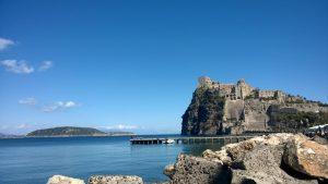 Ischia - il castello Aragonese visto dalla spiaggia dei pescatori