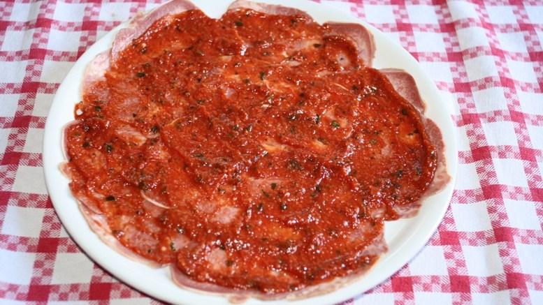 Lingua in salsa rossa piemontese