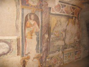 chiesa rupestre di san giuliano san leonardo e madonna con bambino