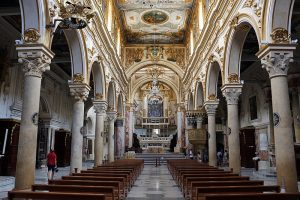 Interno della Cattedrale - Matera la Cattedrale e la Civita