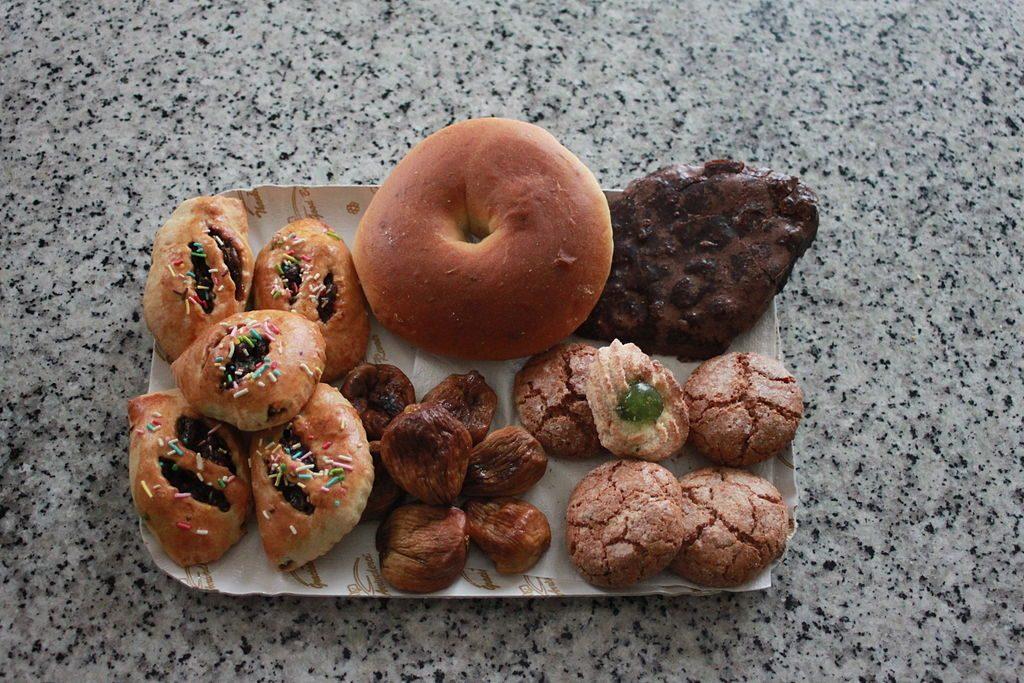 piatti tipici della calabria biscotti con frutta secca