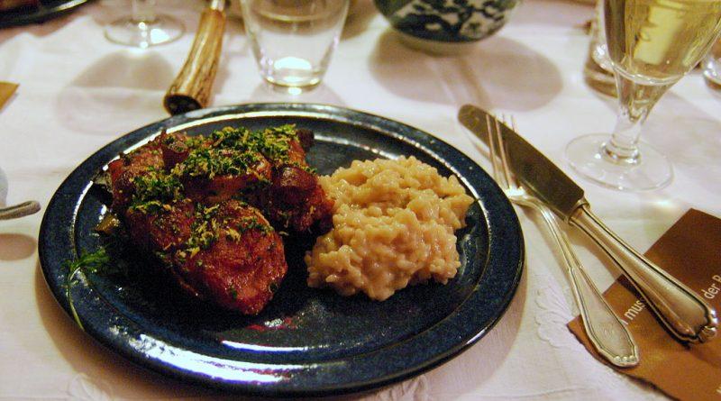 piatti tipici della lombardia ossobuco e risotto alla milanese